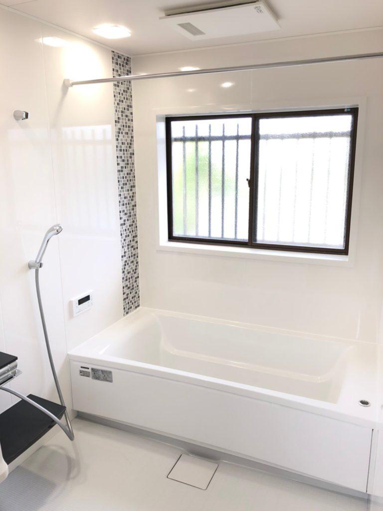 1618サイズのお風呂へ交換!1.25坪♪みんなで体を洗えるサイズです^^