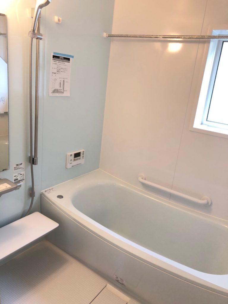 TOTOのクレイドル浴槽。ゆりかごに包まれるような新感覚。(風呂)